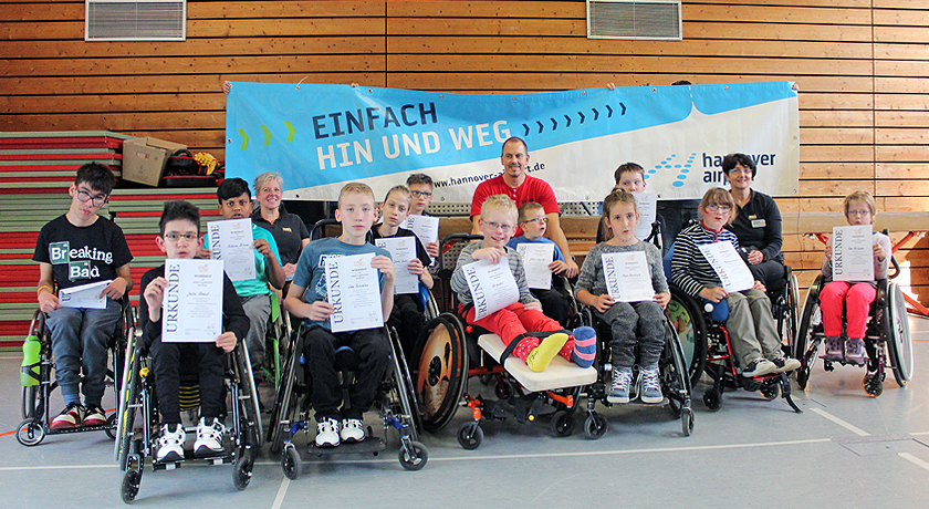 """Selbstverteidigung im Rollstuhl: Erst die """"Großen"""", dann die Kids  - Bild1"""